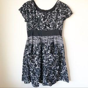 🌸 Dressbarn | Black and white bubble skirt dress